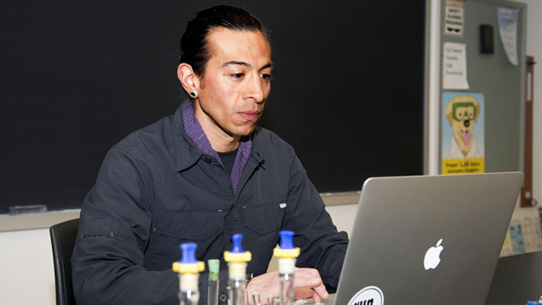 Dr. Julio Palma
